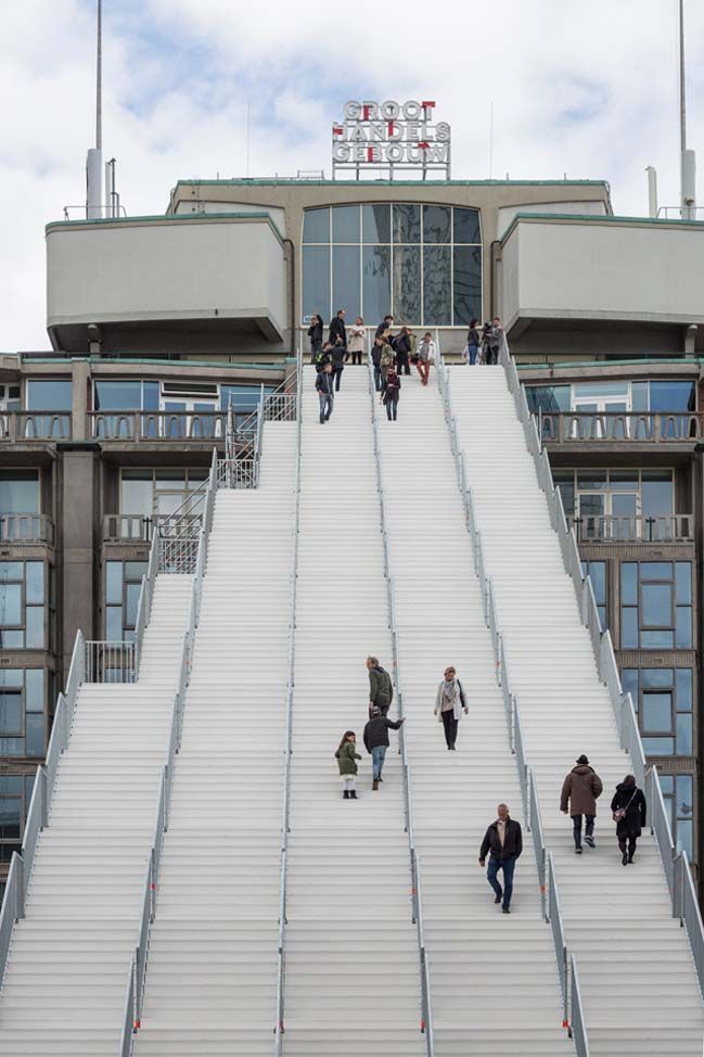 """The Stairs aim to animate the rooftop and to imagine a second layer in the next step of Rotterdam's urban planning. A second reconstruction."" Tells Winy Maas. ""It would be good to make it a permanent fixture."""