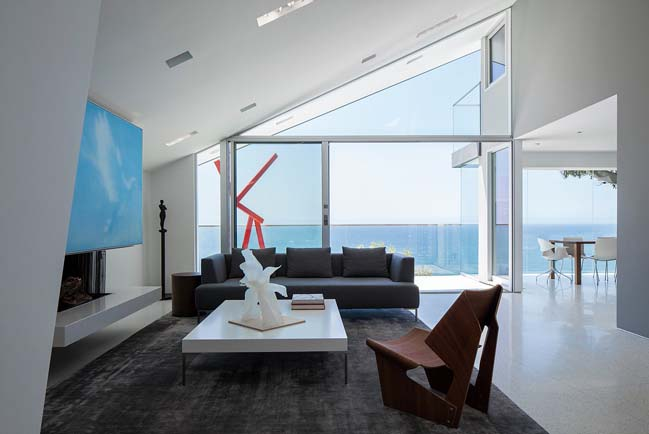 Montee Karp by Tighe Architecture