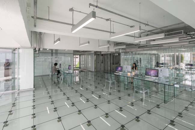 Glass office building in Hong Kong by MVRDV