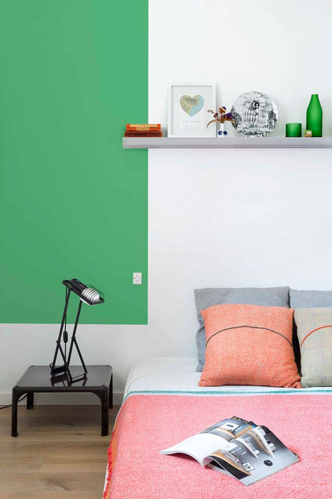 Colourful apartment by Egue y Seta
