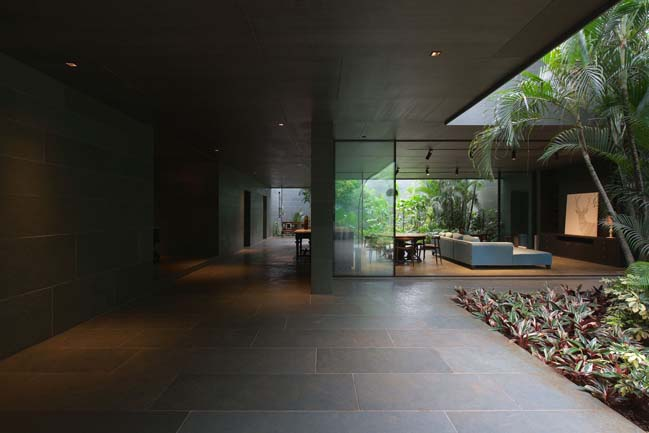 Luxury villa in India by SPASM Design Architects