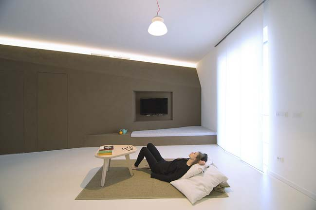 Minimalist apartment design by r3architetti for Apartment design process