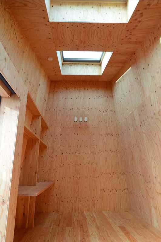 Mountain House by Hiroki + Tomoko Sekiguchi Architects