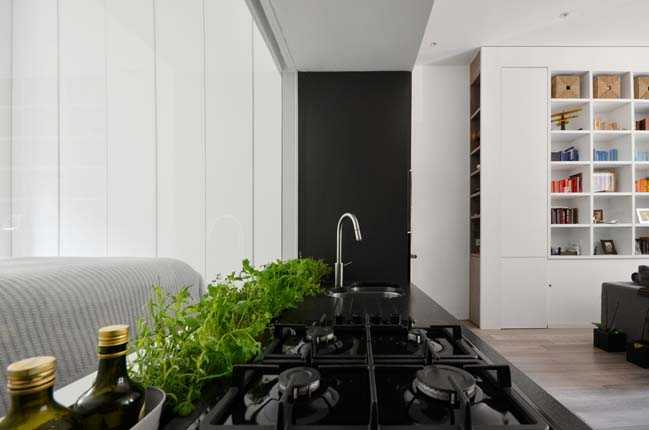 Nevern Square Apartment by DPAW