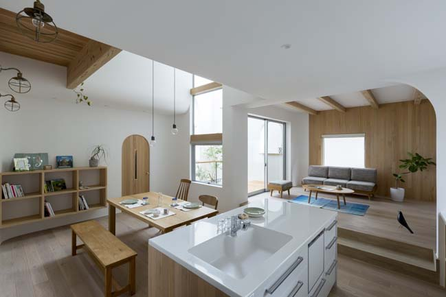 Comfy House by ALTS Design Office