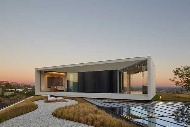 Luxury villa of Michael Bay by Oppenheim Architecture