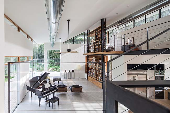 CY House: Modern house in Israel by Kedem Shinar Design