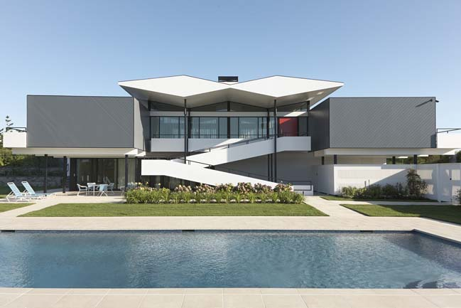 Mid century modern house by austin patterson disston for Modern house new york