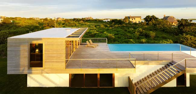 Modern pool house by Stelle Lomont Rouhani Architects