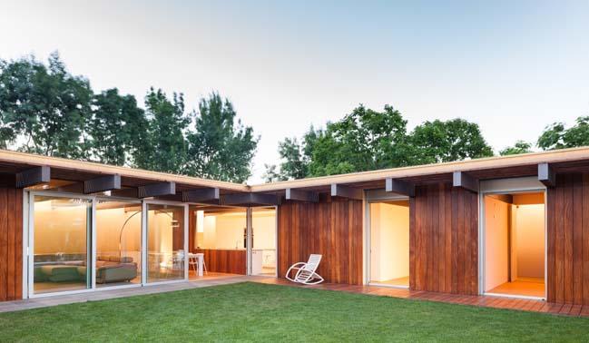 Open-air House by arnau estudi d'arquitectura