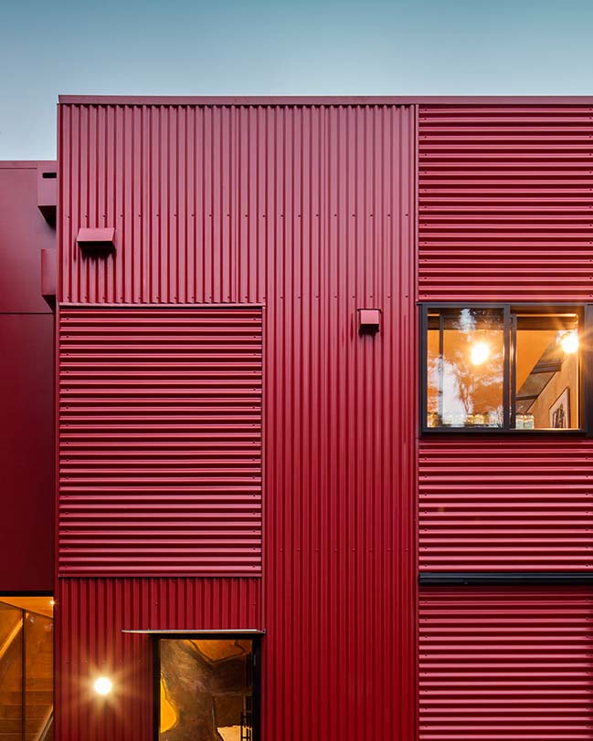 Red House by Crosson Architects