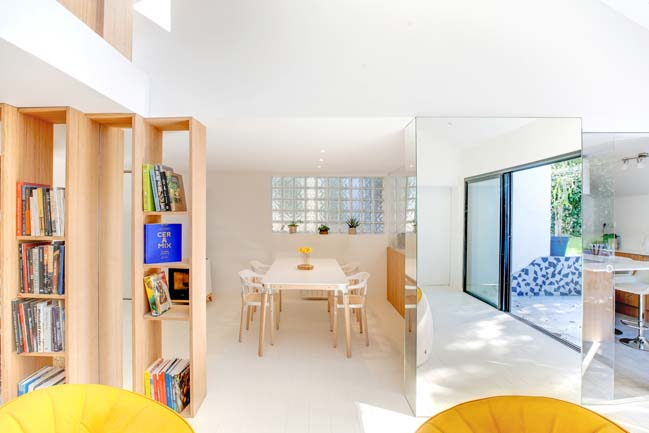 Bookshelft House by Andrea Mosca