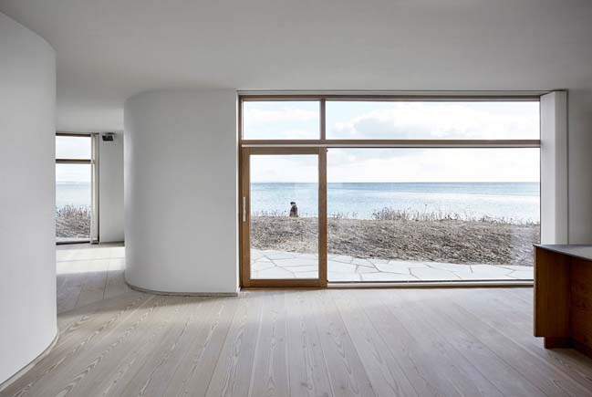 Modern villa by the sea in Denmark by ADEPT