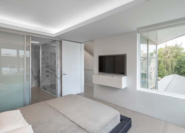 The little_BIG house by Robert Maschke Architects