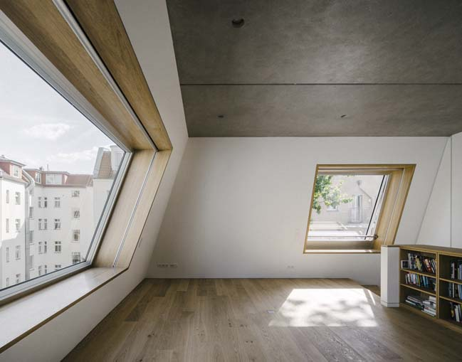 Unusual Pyramidal Apartment House in Berlin by Barkow Leibinger