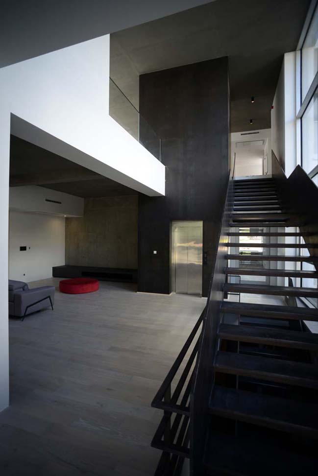 Modern villa in Iran by Arsh 4D Studio