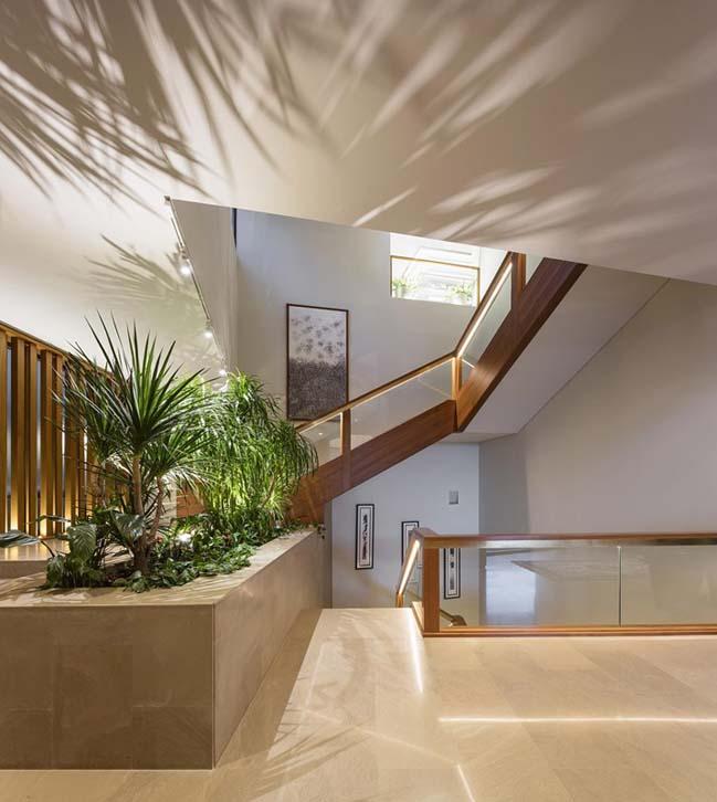Three Gardens House by AGi Architects
