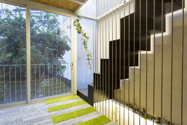 Poly House by ERA architects