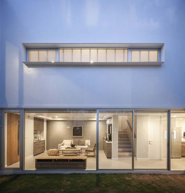 Courtyard Villa by Black Pencils Studio