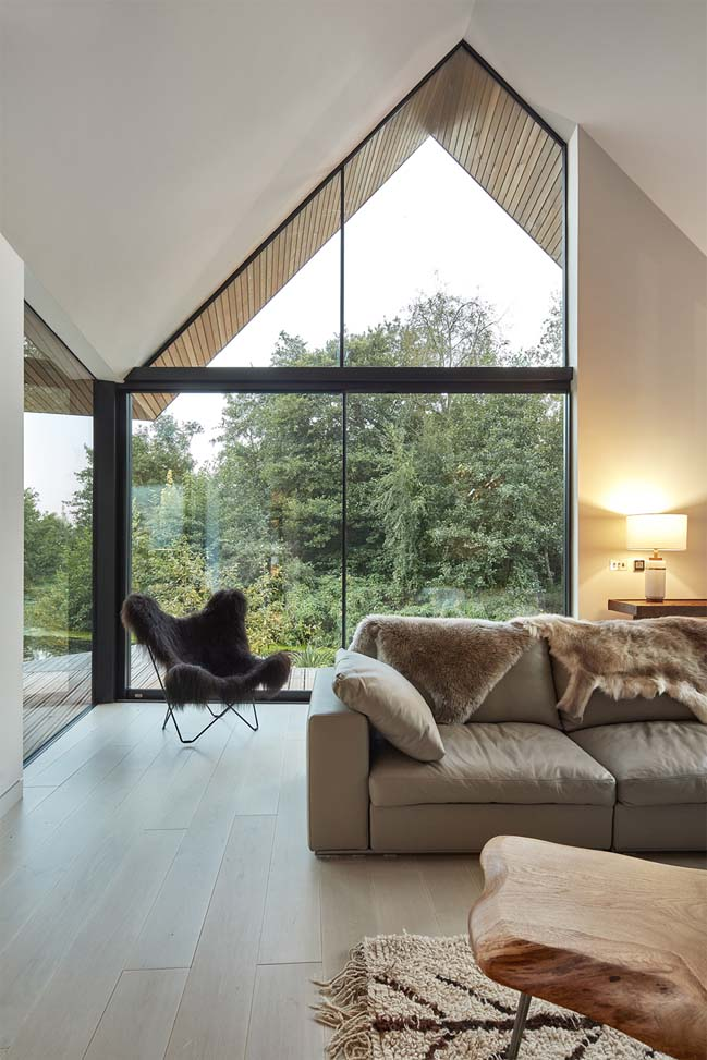 Detached eco-house in Norfolk by Platform 5 Architects