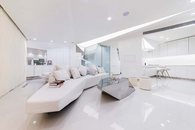 Crystal Apartment by CAF Architecture