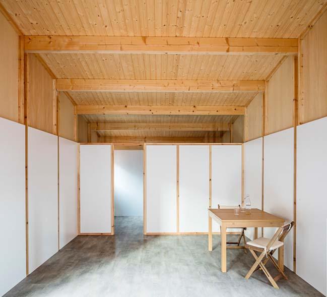 Roof pavilion by Vora Arquitectura