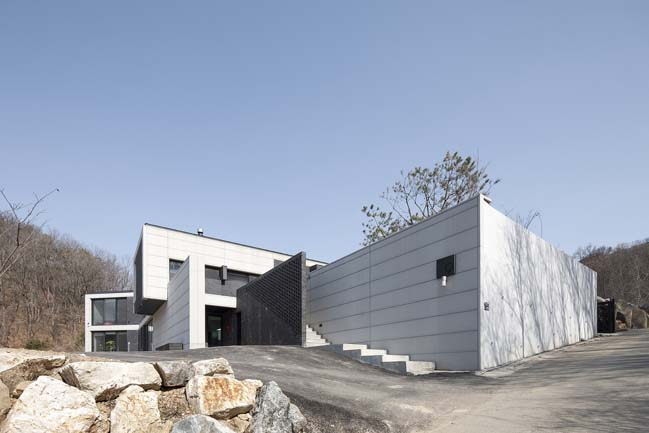 Event House by UAARL