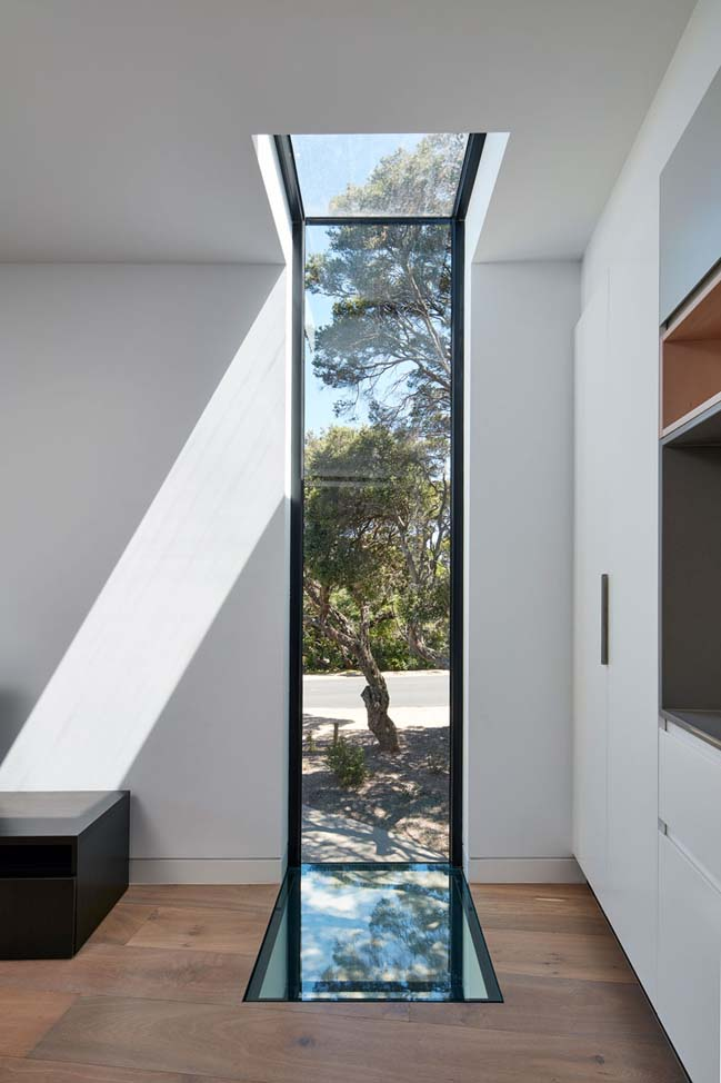 Blairgowrie Beach House by DX Architects