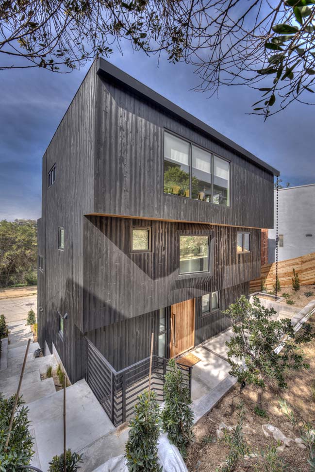 Armstrong Ave Residence by The LADG