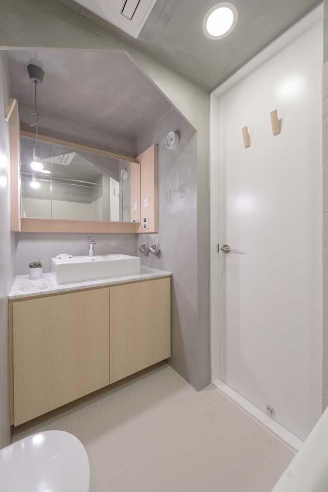 Cosy apartment interior in hong kong by mnb design studio for Small bathroom design hong kong