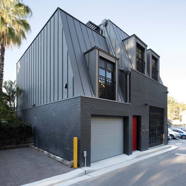 Glebe House by U+I Building Studio