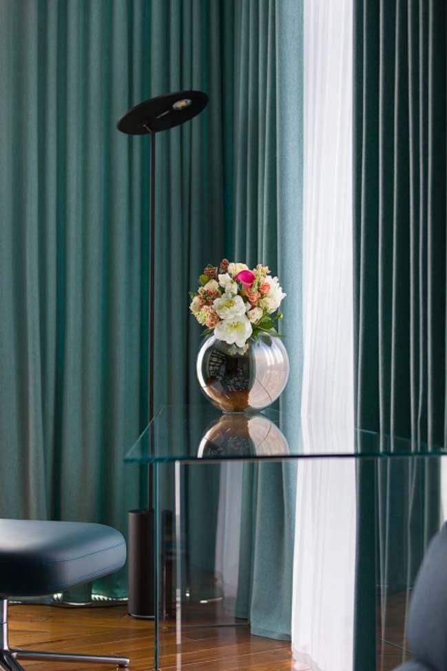 Elegant minimalism two storey apartment by Yuriy Zimenko