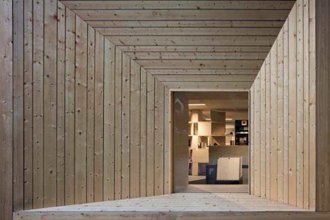 Renovation of the New DolomiteTiles Showroom by C&P architetti