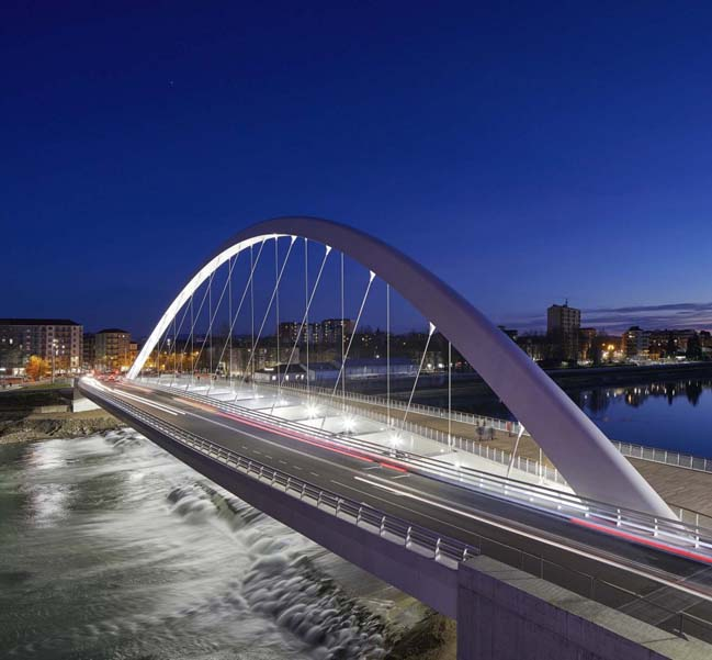 Cittadella Bridge by Richard Meier and Partners Architects