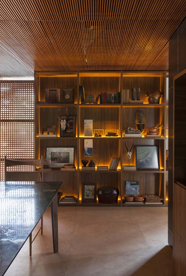 Collector's nook by mf+arquitetos