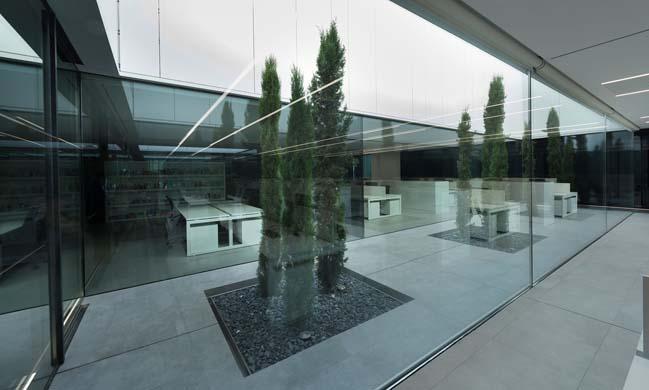 Ubesol Office Building by Ramón Esteve Estudio