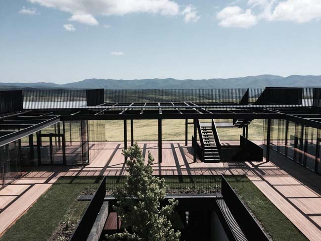 Gay-Kadzor Winery by kleinewelt architekten