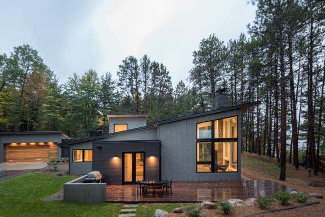 Northern Lake Home by STRAND DESIGN