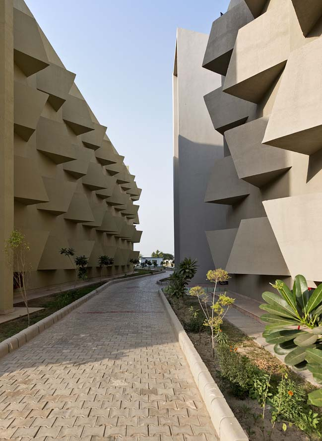 The Street by Sanjay Puri Architects