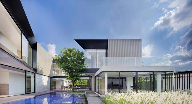 Aluminium House by Ayutt and Associates design