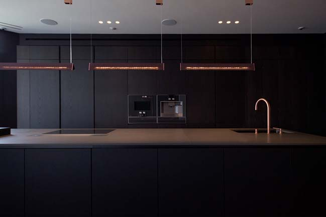 PecherSKY apartment by YØ DEZEEN studio