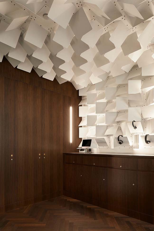 Headfoneshop in Toronto by Batay-Csorba Architects