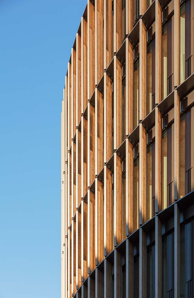 Town Hall in Germany by Ingenhoven Architects