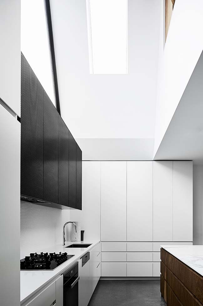 Northcote House in Melbourne by Taylor Knights