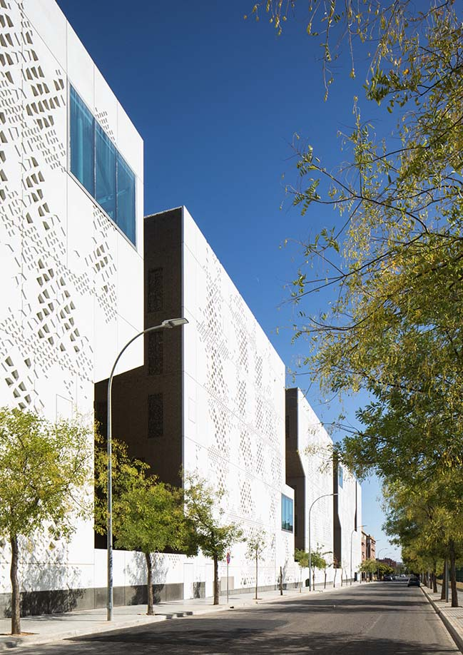 The Palace of Justice in Cordoba by Mecanoo and Ayesa