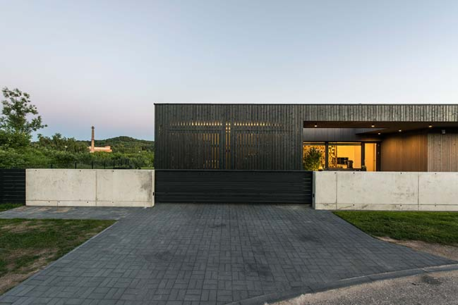 Moden villa design in Vilnius by PAO Architects