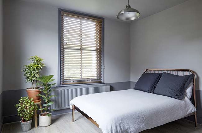 Stoke Newington Flat in London by House of Sylphina