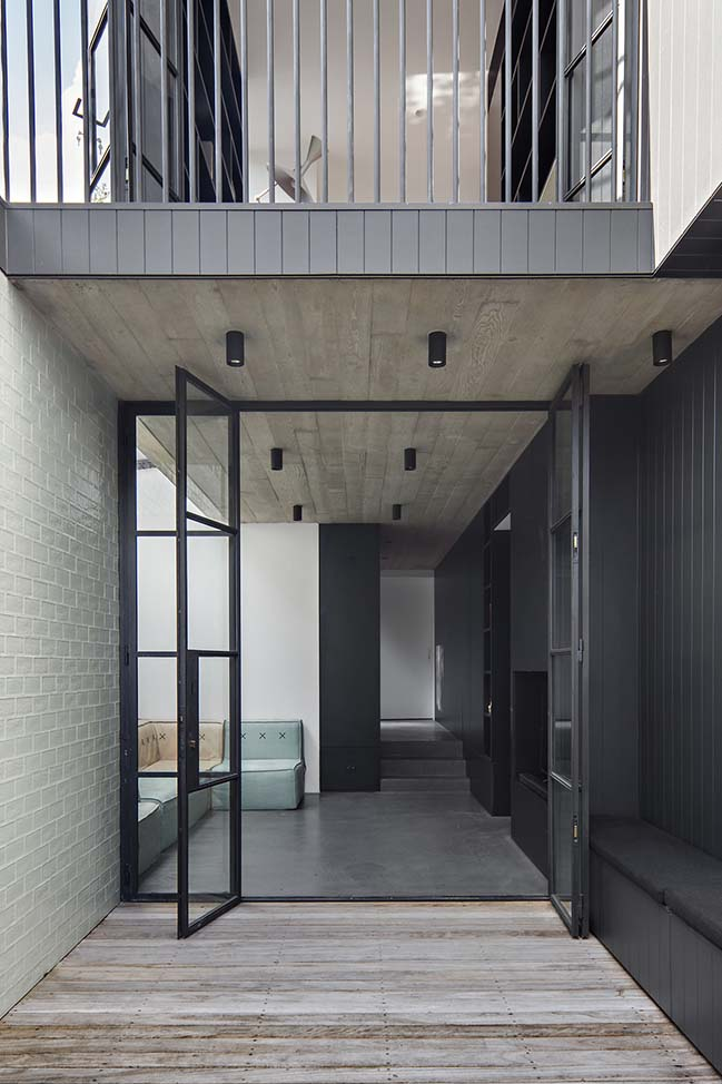 House Pranayama in Sydney by Architect Prineas