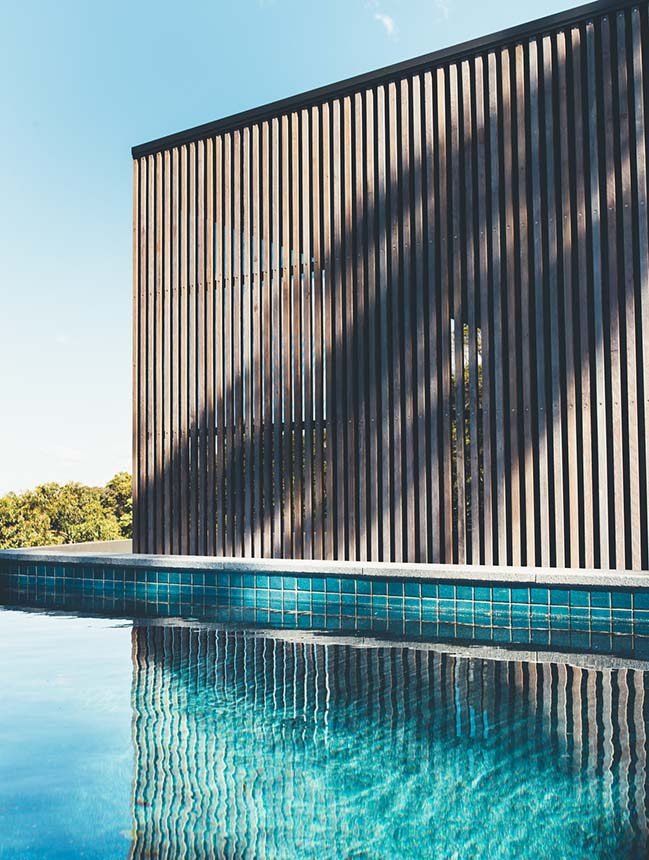 Tinbeerwah House in Noosa by Teeland Architects