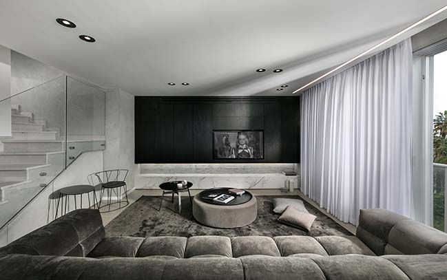 Penthouse in Ramat Hasharon by Studio Erez Hyatt